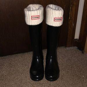 Hunter tall rain boots with socks
